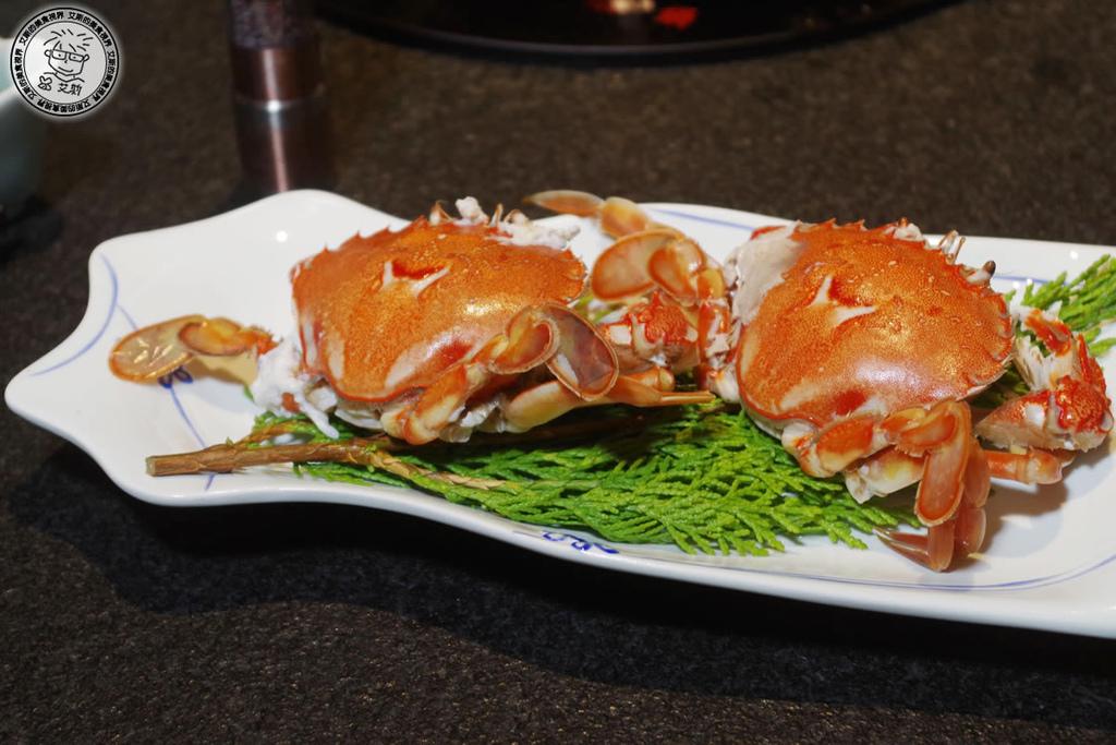11飽卵牛角蟹.jpg