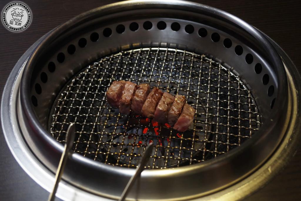 2肉盤3-厚切牛小排3.jpg