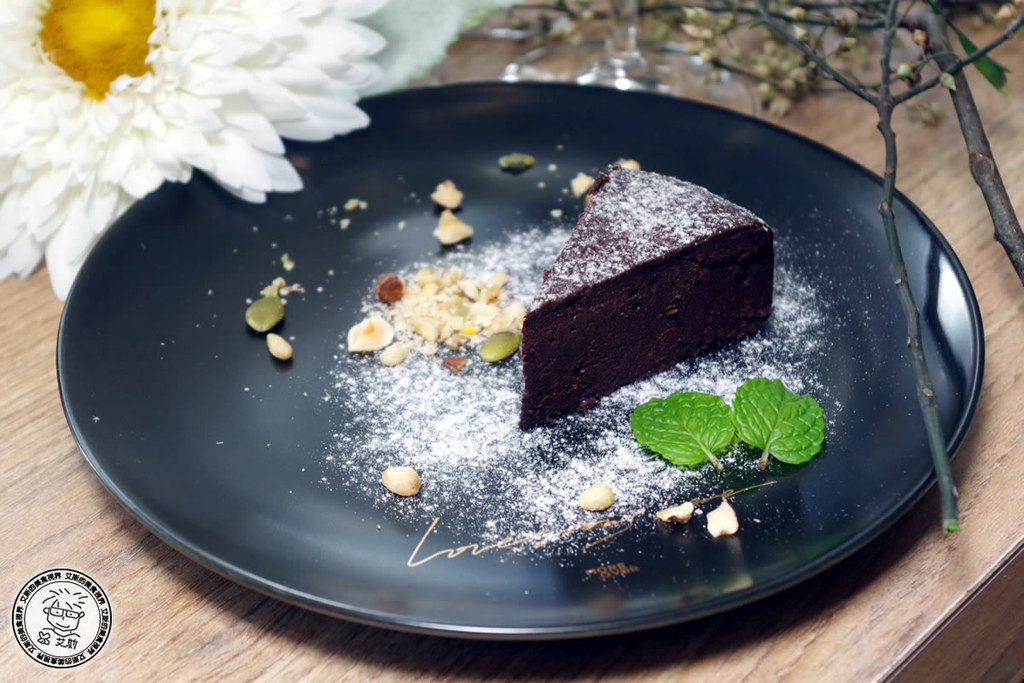 2雙人套餐-6比利時75%生巧克力蛋糕.jpg