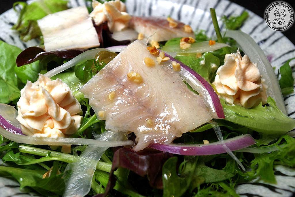 5鮭魚慕斯水耕蔬菜沙拉3.jpg