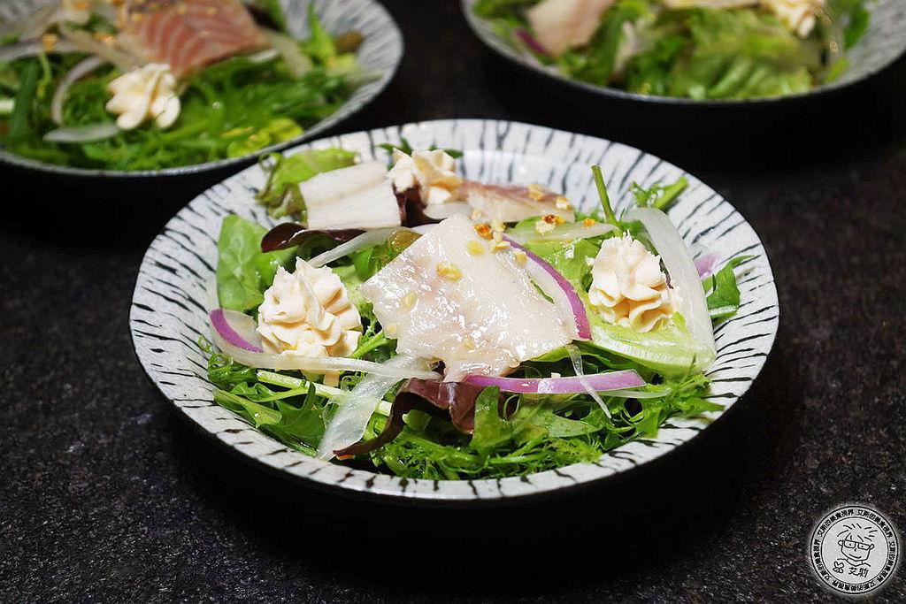 5鮭魚慕斯水耕蔬菜沙拉1.jpg