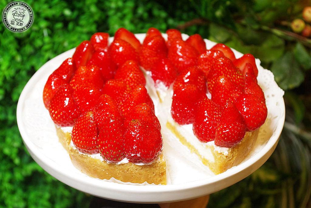4貝拉公主草莓乳酪2.jpg