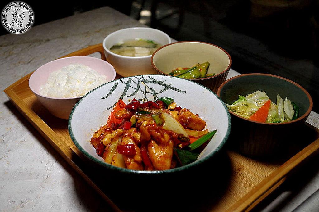 3商業午餐3.JPG