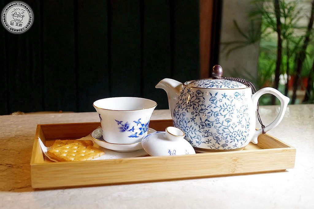 8東方美人茶.JPG