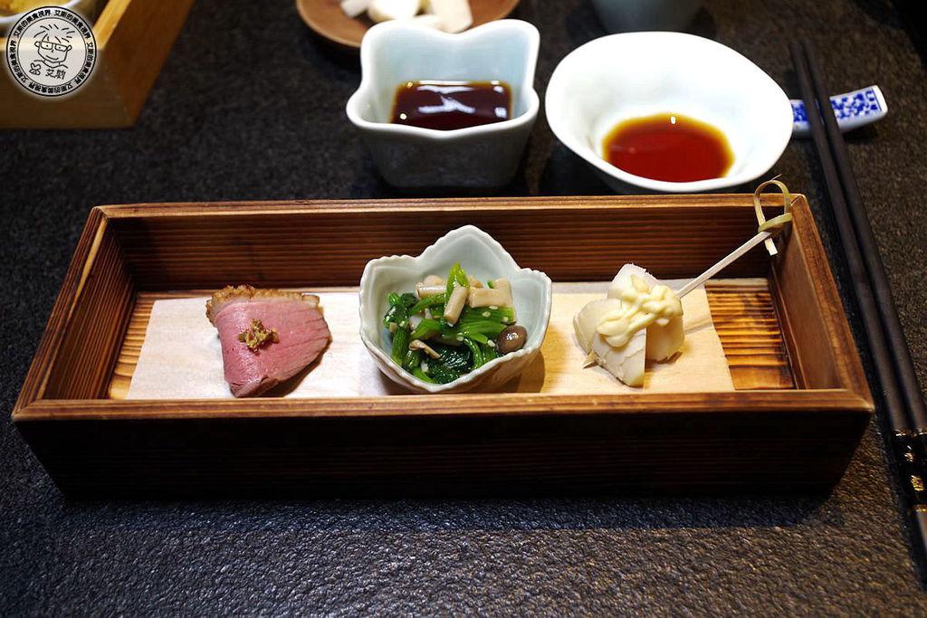 5料理長季節前菜.JPG
