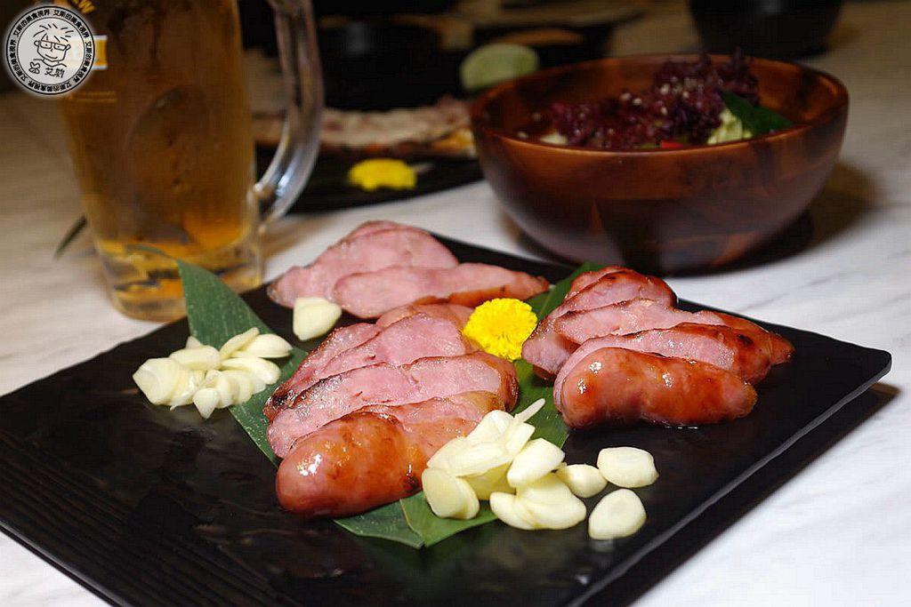 11黑豬肉香腸1.JPG