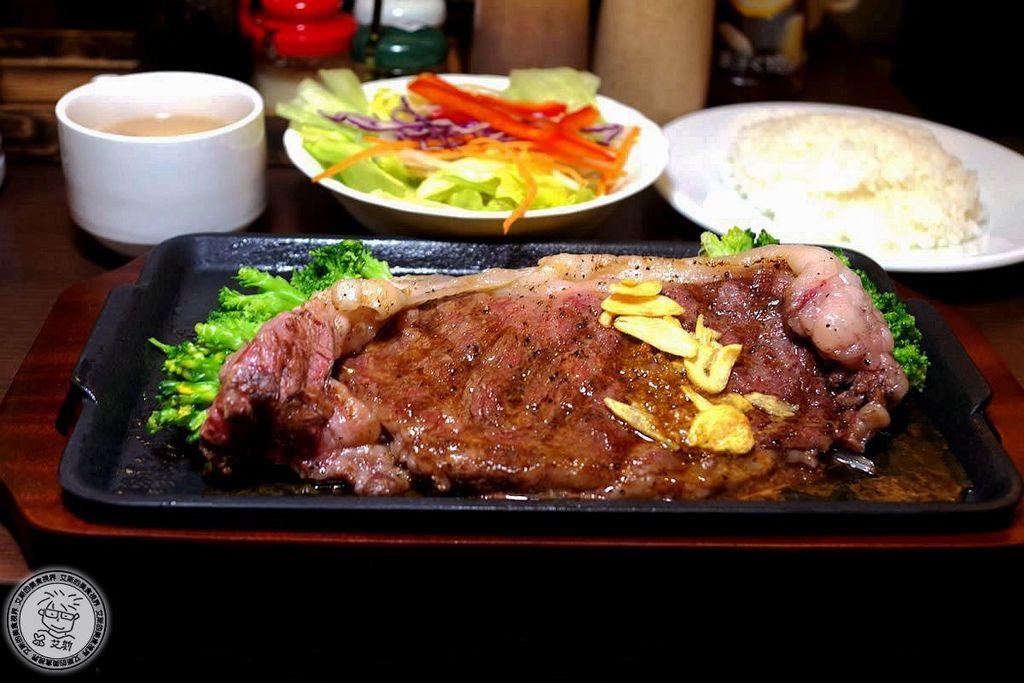 2F1日本國產沙朗牛排1.jpg