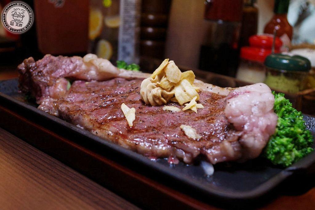 2F1日本國產沙朗牛排5.JPG