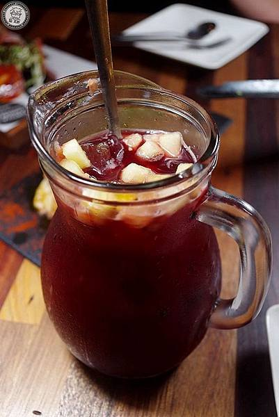 18桑格麗亞水果酒.jpg