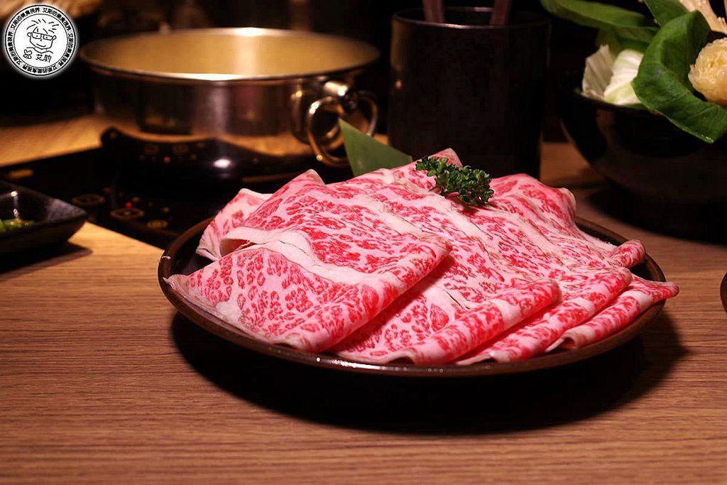 6牛肉鍋2-澳洲和牛1.jpg