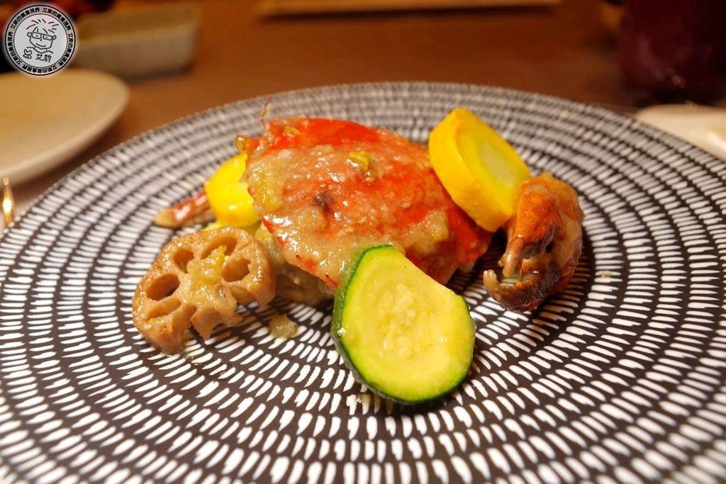 5龍鮑蟹-柚香蘿蔔煮紅膏蟹.jpg