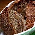 2前菜-新鮮自製手工麵包2.jpg