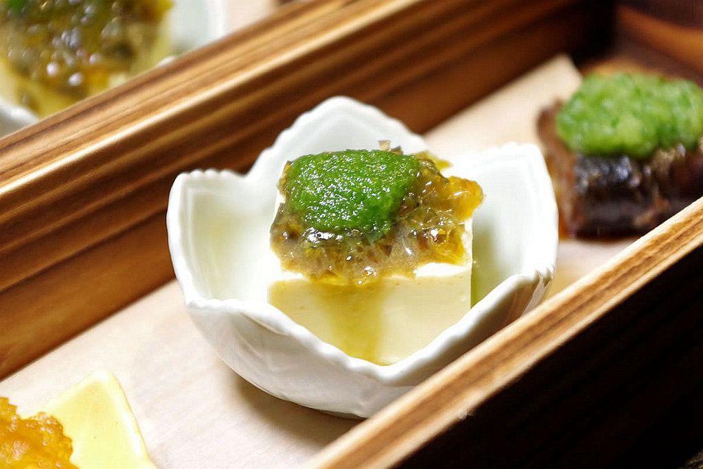2料理長季節前菜3.jpg