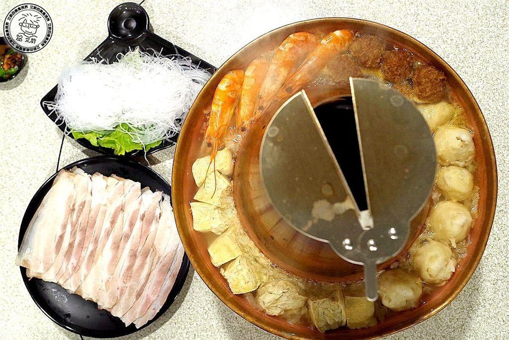 2酸菜白肉鍋1.jpg