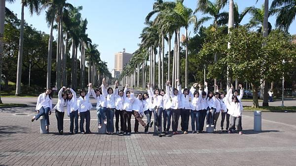 椰林大道與女生們
