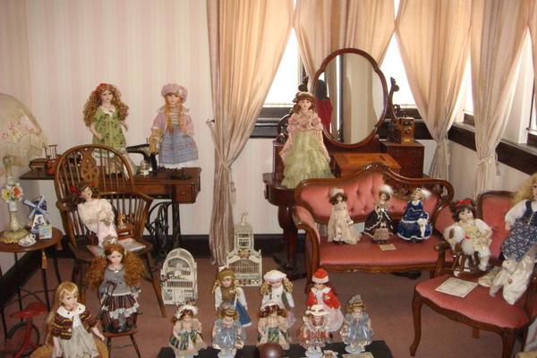 風見雞館之洋娃娃們