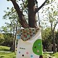 NO.72 手繪大樹側背包_15.JPG