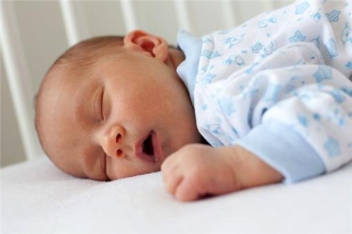 改善失眠-保持規律的睡眠時間.jpg