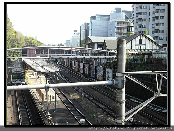東京《明治神宮》原宿車站.jpg