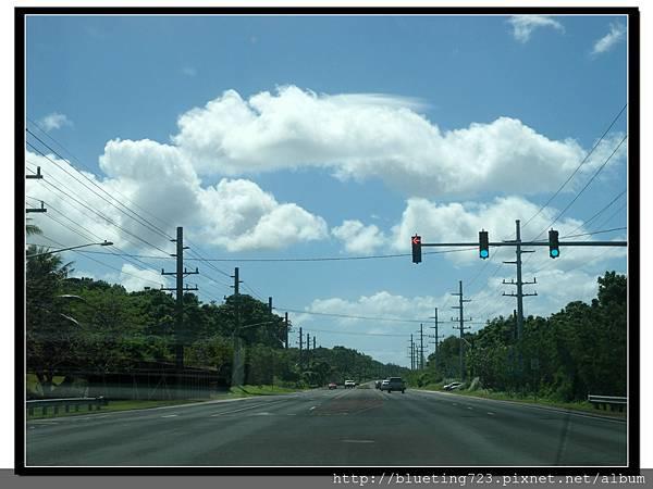 關島《開車經驗談》紅綠燈2.jpg
