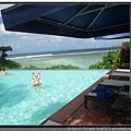 關島《希爾頓飯店Hilton Guam Resort & Spa》游泳池 3.jpg