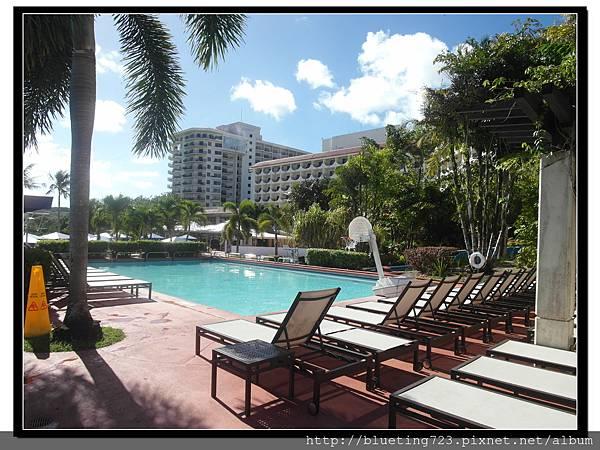 關島《希爾頓飯店Hilton Guam Resort & Spa》游泳池 1.jpg