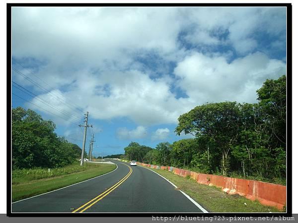 美國關島《瑞提迪恩岬Ritidian Point》3號公路.jpg