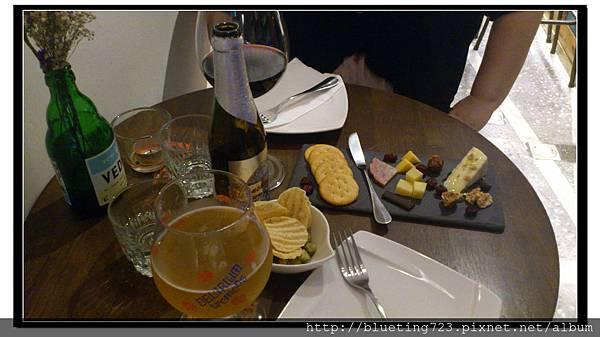 台北大稻埕《Le Zinc 洛 Café & Bar 》11.jpg