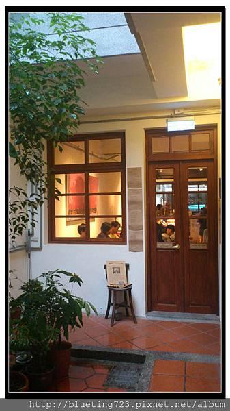 台北大稻埕《Le Zinc 洛 Café & Bar 》3.jpg