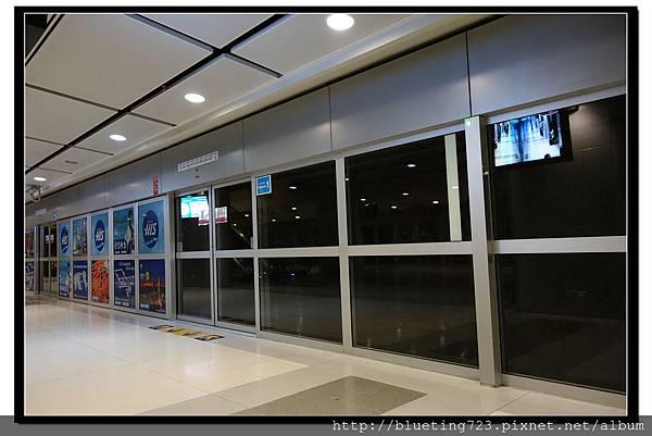 泰國曼谷《蘇汪納蓬機場Suvarnabhumi》機場快線 3.jpg
