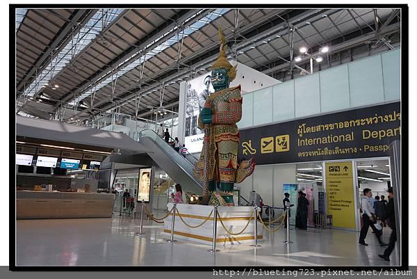 泰國曼谷《蘇汪納蓬機場Suvarnabhumi》2.jpg