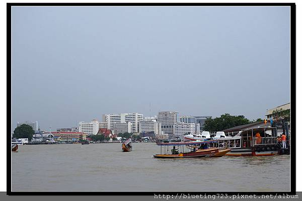 泰國曼谷《昭披耶河船》2.jpg