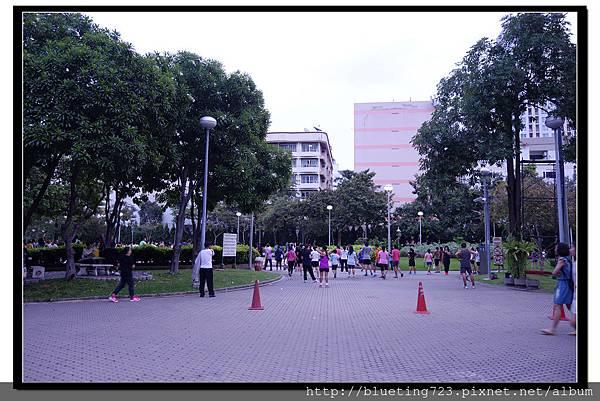 泰國曼谷《Santiphap公園》2.jpg