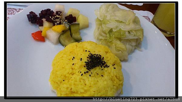 台北中正區《原味咖哩屋》薑黃飯.jpg
