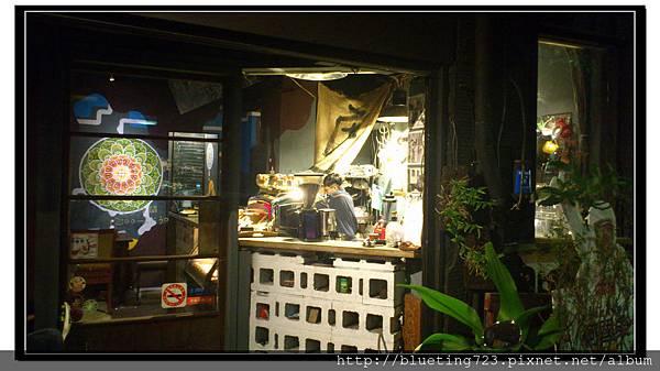 台北中正區《虎記商行咖啡》2.jpg