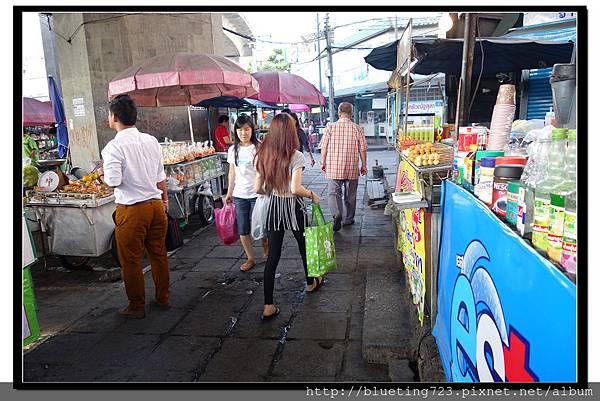 泰國曼谷《勝利紀念碑Mini Van》高架橋下 9.jpg