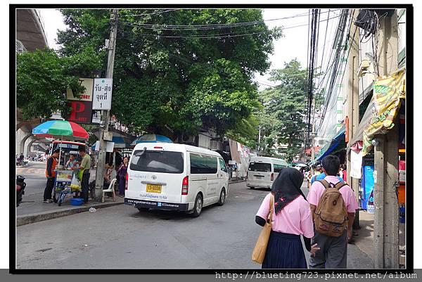 泰國曼谷《勝利紀念碑Mini Van》Fasion Mall旁.jpg