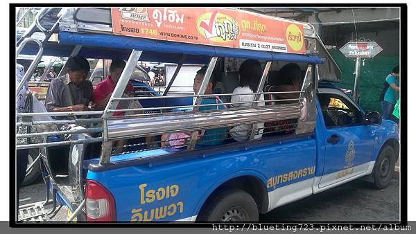 泰國《Maeklong美功鐵道市場》搭雙條.jpg