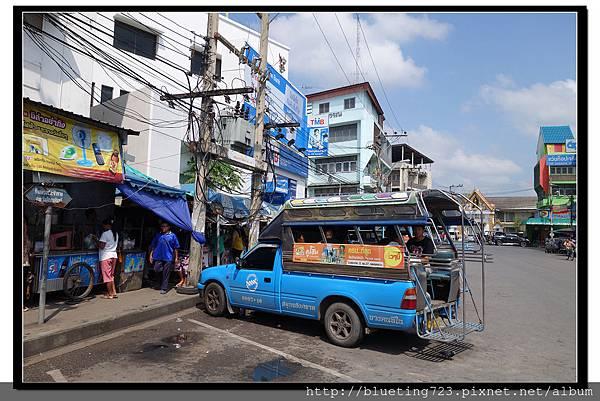 泰國《Maeklong美功鐵道市場》雙條.jpg