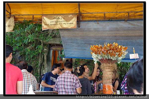 泰國《Amphawa安帕瓦水上市場》五廟遊船_樹中廟1.jpg