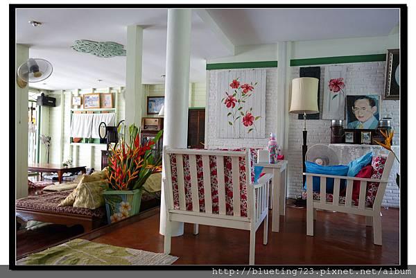 泰國夜功府《Baanrak Amphawa安帕瓦巴安拉克家庭旅館》民宿1.jpg