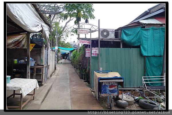 泰國夜功府《Baanrak Amphawa安帕瓦巴安拉克家庭旅館》民宿位置5.jpg