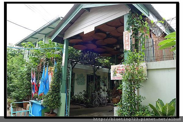 泰國夜功府《Baanrak Amphawa安帕瓦巴安拉克家庭旅館》民宿位置8.jpg