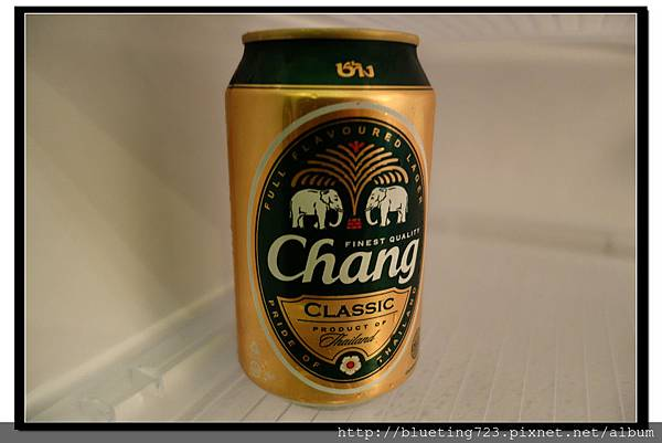 泰國《Amphawa安帕瓦水上市場》大象牌啤酒.jpg