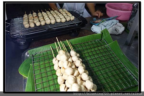 泰國《Amphawa安帕瓦水上市場》素食胡椒丸子.jpg