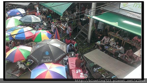 泰國《Amphawa安帕瓦水上市場》船家1.jpg