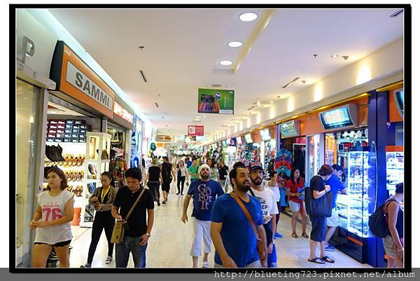 泰國曼谷《MBK》內.jpg