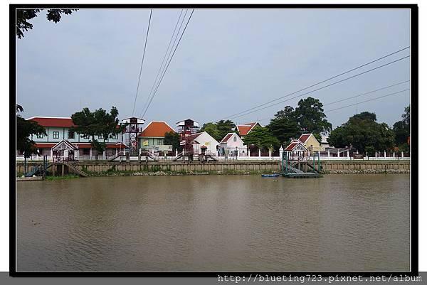 泰國大城府《安娜教堂Wat Niwet Thammaprawat》渡河流籠2.jpg