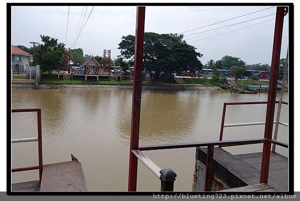 泰國大城府《安娜教堂Wat Niwet Thammaprawat》渡河流籠6.jpg