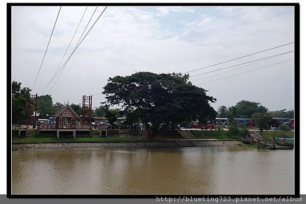 泰國大城府《安娜教堂Wat Niwet Thammaprawat》渡河流籠7.jpg